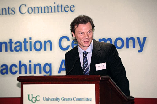 Awardee Dr. David Pomfret shares his teaching philosophies (6 Sep 2012)